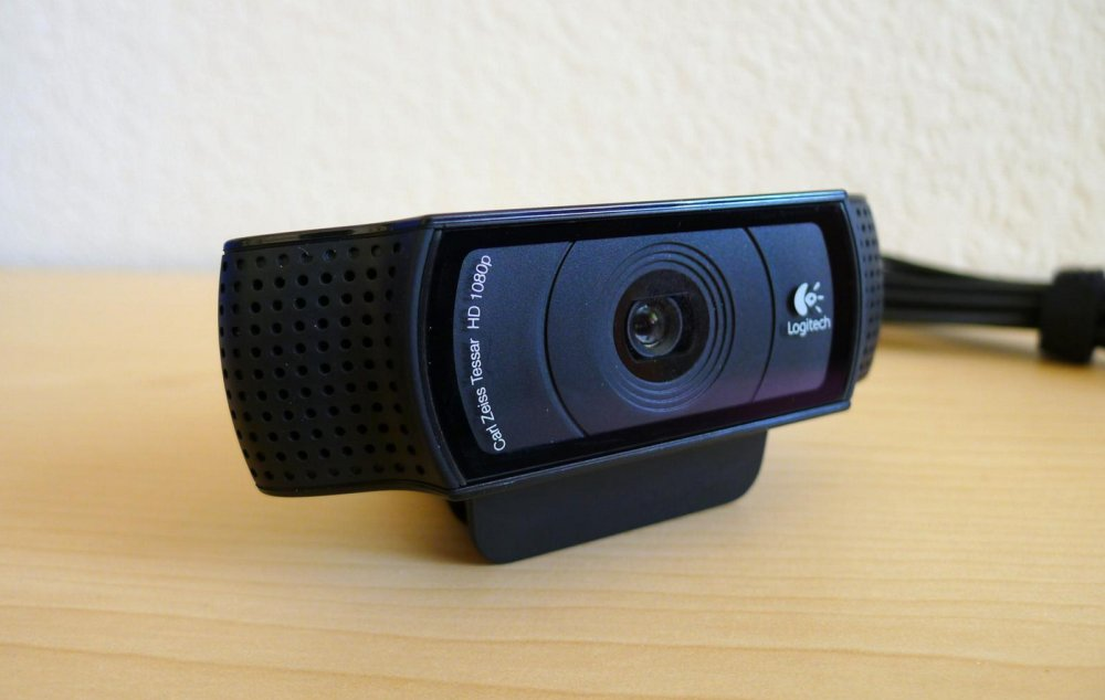 Best Cheap Webcams for Vlogging on Youtube and Twitch in 2018